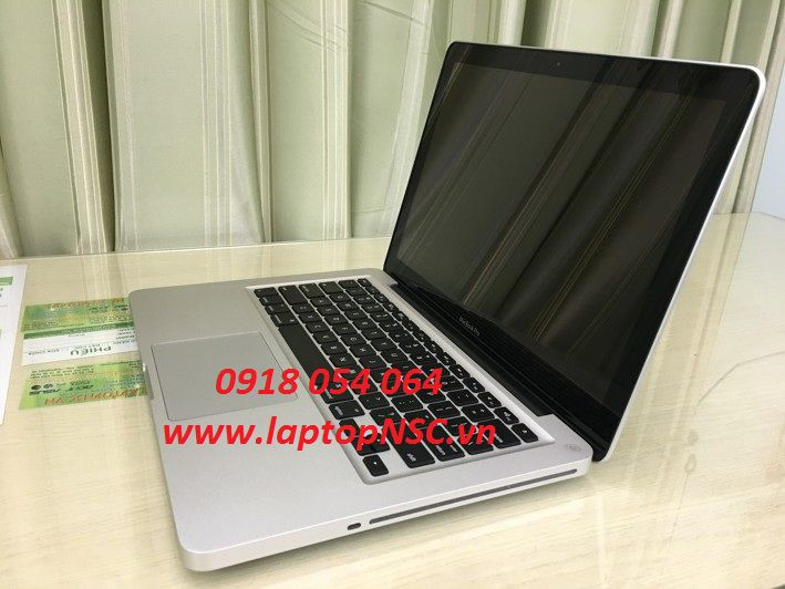 MacBook Pro MC374LL/A 13.3 Inch, Mid 2010, 4G, 250G